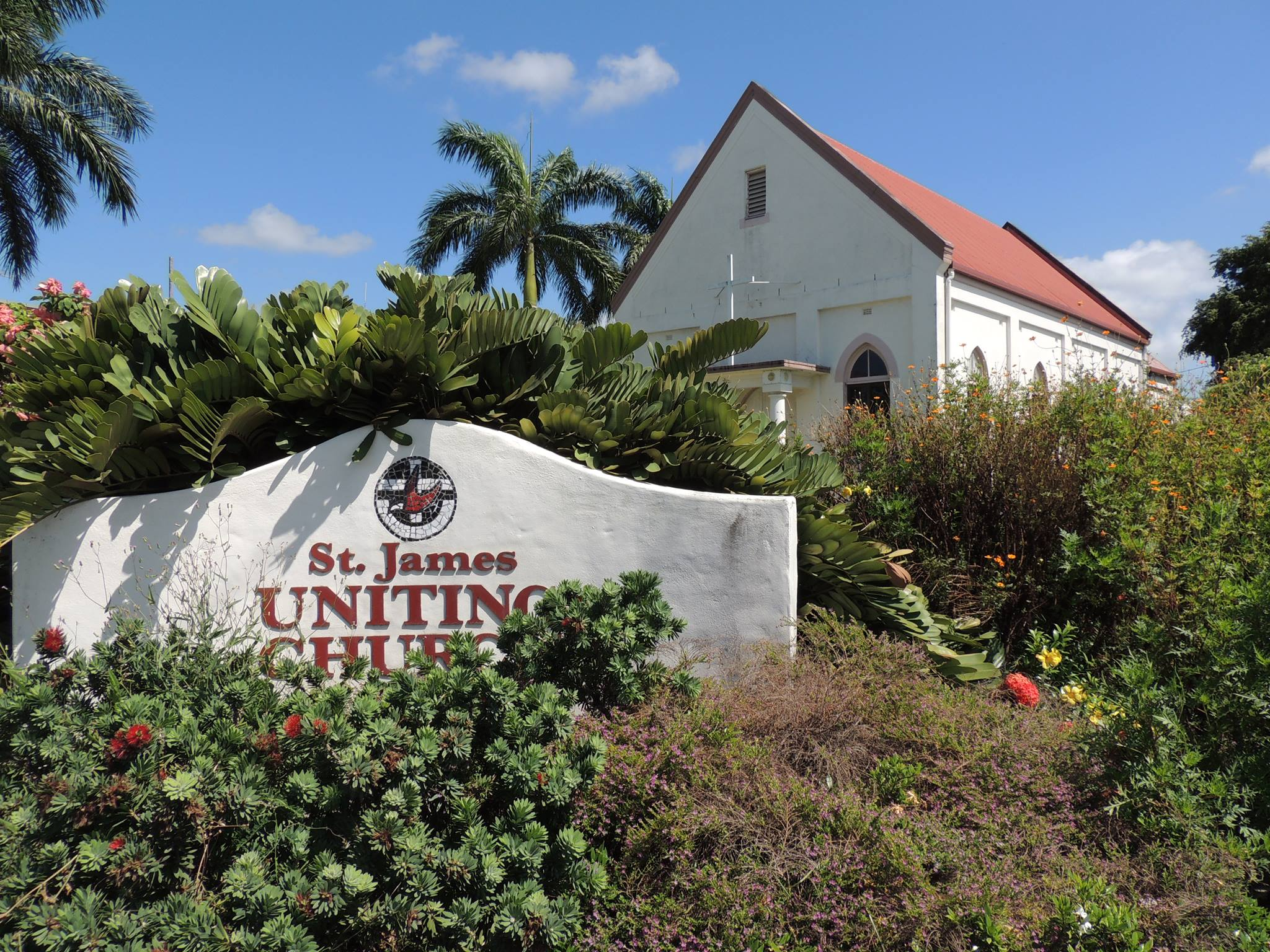 St James Uniting Church with street sign